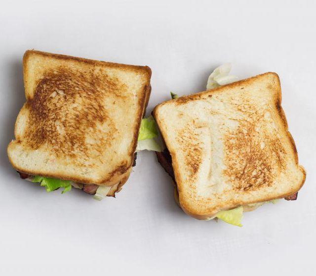 Avocado-Hühnerfilet Sandwich