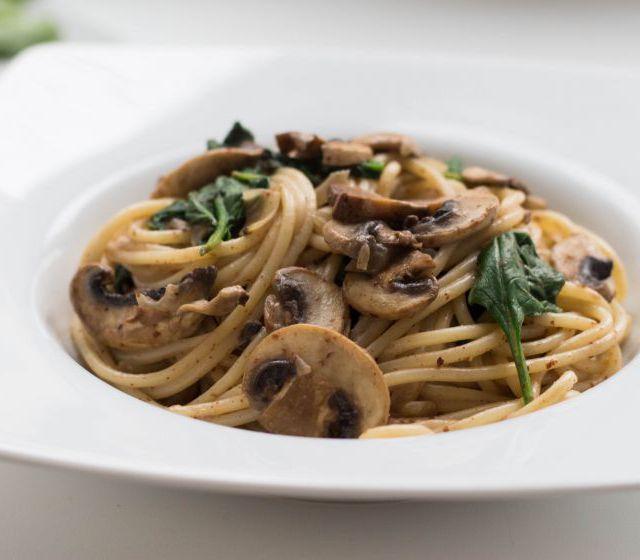 Champignon-Mandelmus-Pasta
